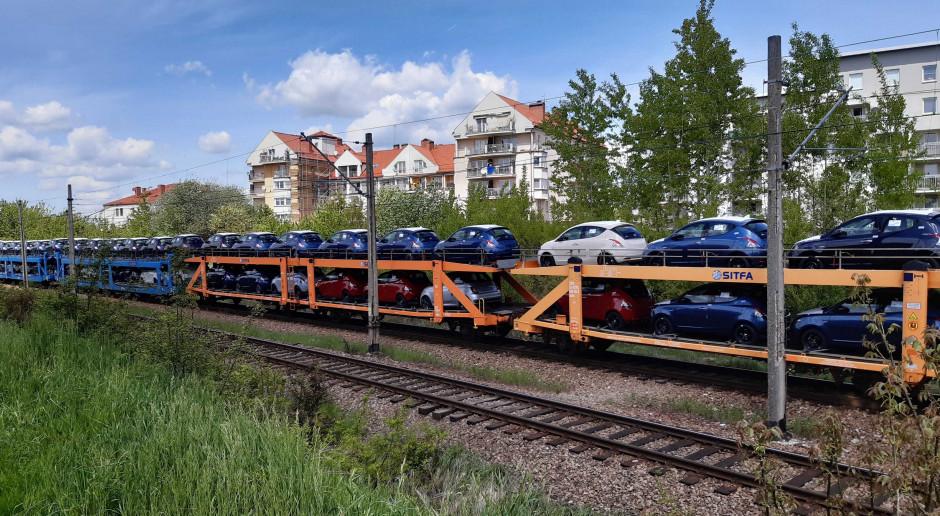 Trend wzrostowy na kolei wyhamował, ale dużego powodu do zmartwienia nie ma
