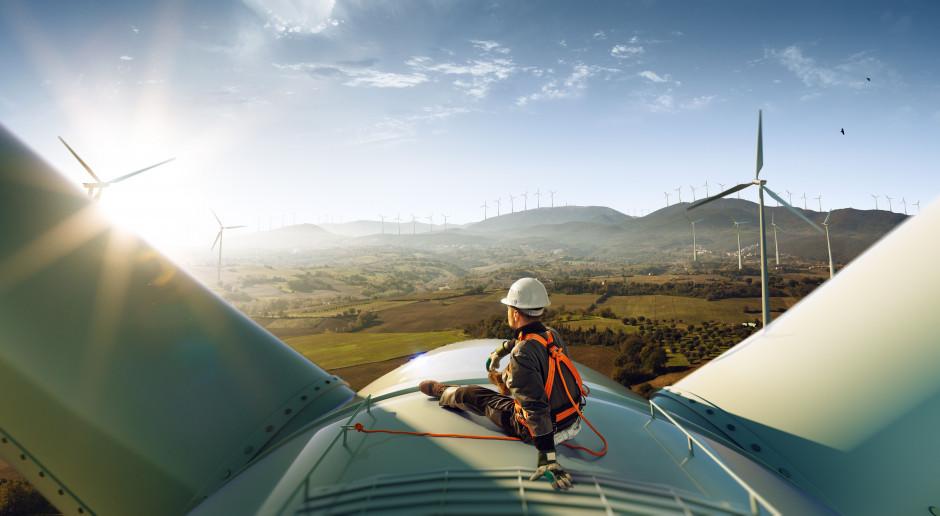 T-Mobile Polska zawarł z Respect Energy umowę na dostawy prądu z OZE