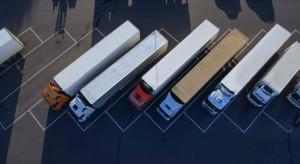 Komisja Europejska staje po stronie przewoźników drogowych