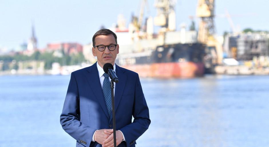 Morawiecki: Będziemy zwiększać zakres programu budowy dróg gminnych i powiatowych