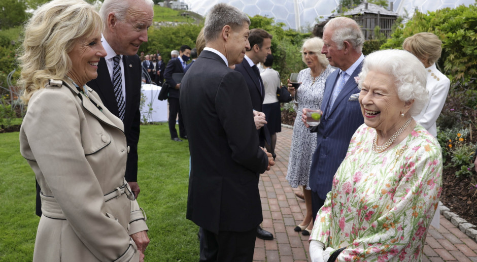 Wielka Brytania: Twórcy szczepionki na liście odznaczeń z okazji urodzin królowej