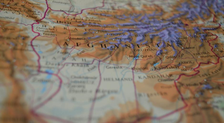 Afganistan: Co najmniej siedem osób zginęło w dwóch atakach bombowych na minibusy