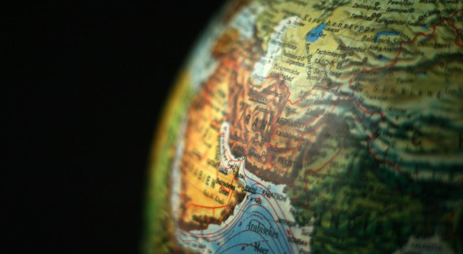 Iran: Wzajemne oskarżenia twardogłowych i umiarkowanych podczas debaty przed wyborami