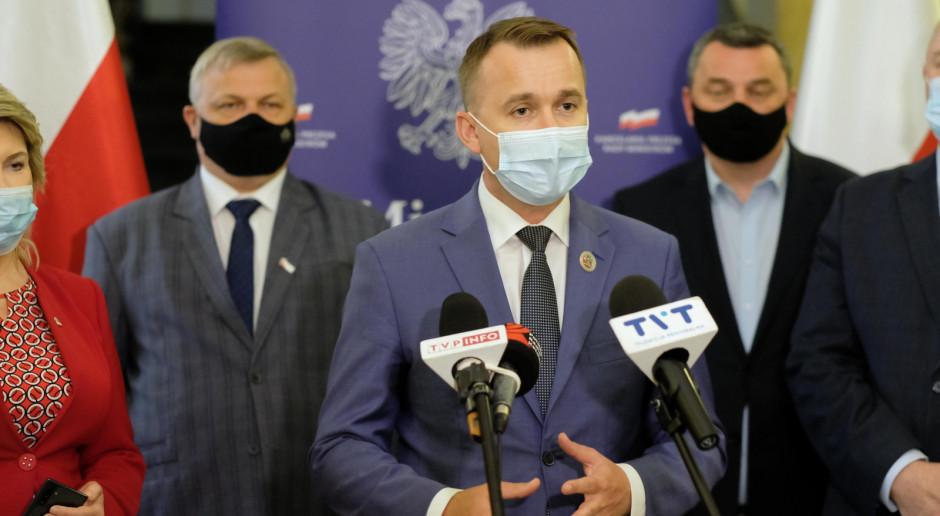 Minister Cieślak: Słuchamy propozycji samorządów m.in. ws. nowych źródeł ich finansowania
