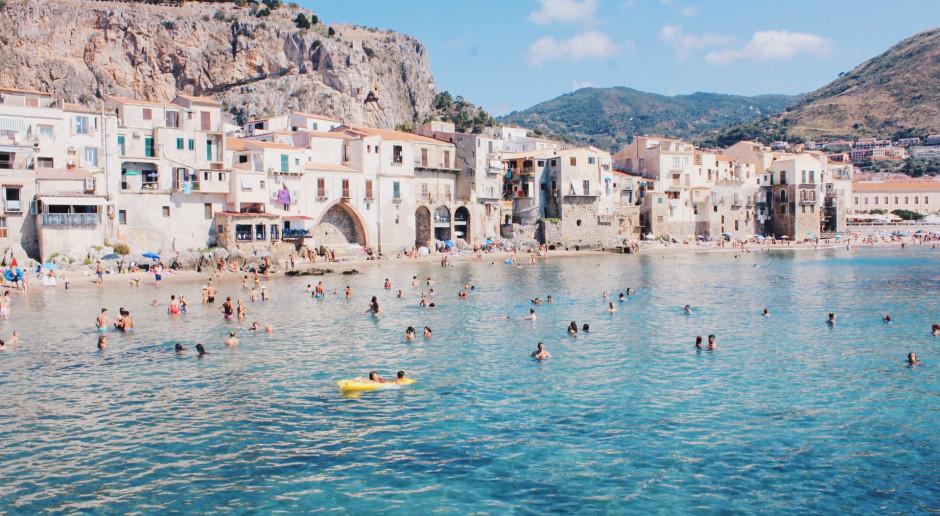 Włochy: Osoby po Covid-19 i zaszczepione muszą ostrożnie korzystać ze słońca