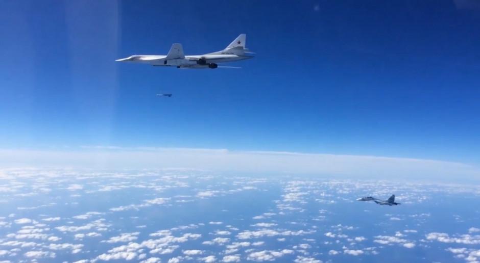 Bombowce strategiczne Tu-160 odbyły planowy lot nad Bałtykiem