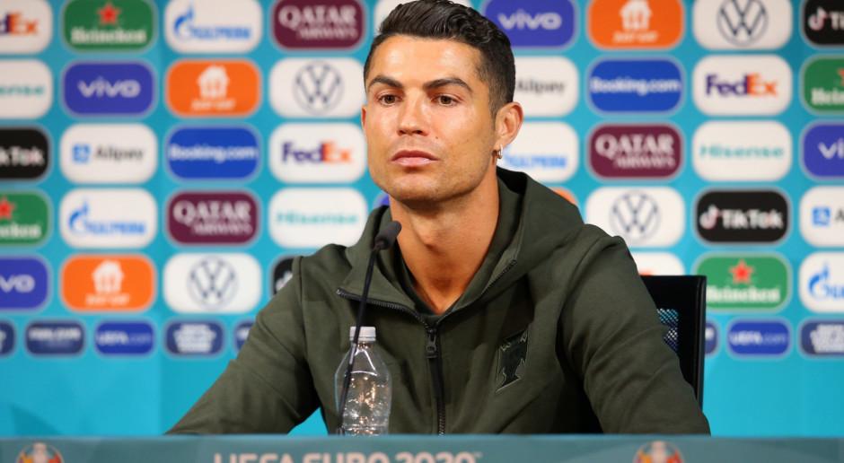 Jeden gest Cristiano Ronaldo sporo kosztował Coca-Colę