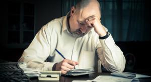 Zadłużenie wobec firm ubezpieczeniowych spada, ale ciągle wysokie