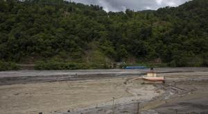 Nepal: Powodzie sprzyjają epidemii