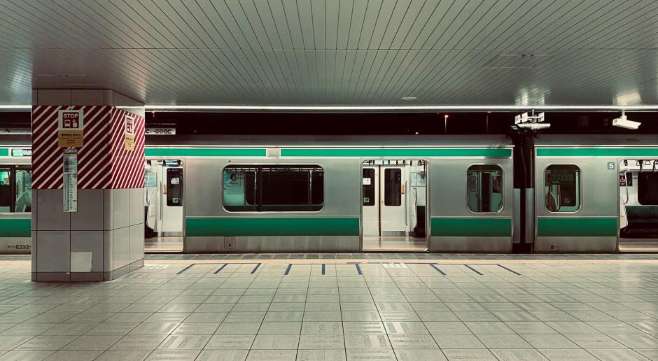 PKP Intercity: Podczas wakacji w pociągach bez limitów zajętości oraz bez rezerwacji miejsc siedzących