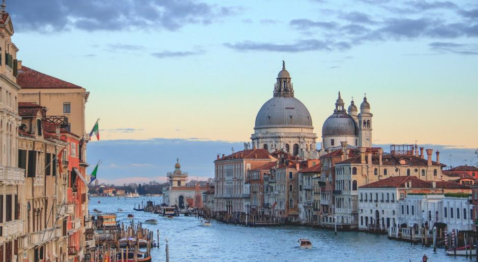 Włochy: Liczba szczepień przeciwko Covid-19 przekroczyła 45 milionów