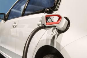 Państwo dofinansuje przydomowe ładowarki do samochodów elektrycznych