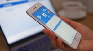 Facebook i Twitter mają płacić policji za ściganie trolli