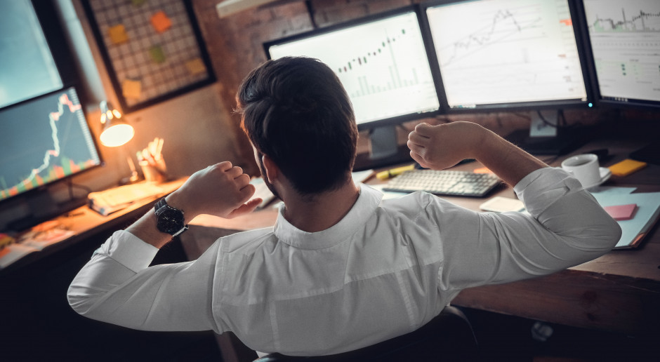 Trwa upadek bitcoina. Oberwała też energetyka