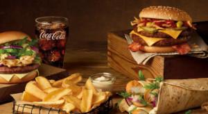Sieci fast-food zmniejszają rabaty. Chcą odrobić straty po pandemii