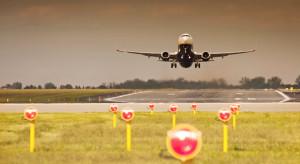 Awantura o lotnisko. Wzrost liczby pasażerów nie przyniósł zysku
