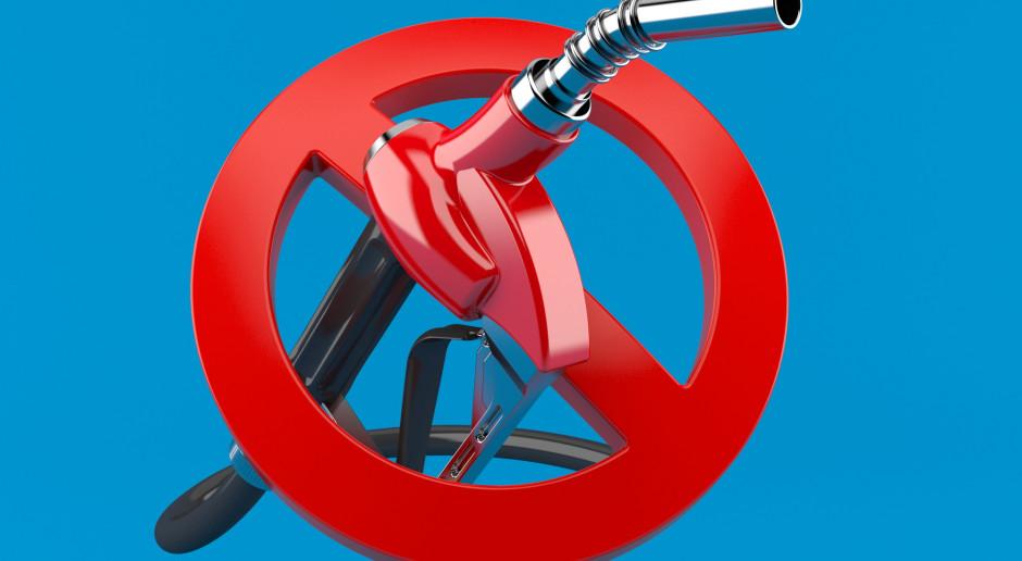 Zakazana w Europie benzyna z Holandii trafia do biedniejszych krajów