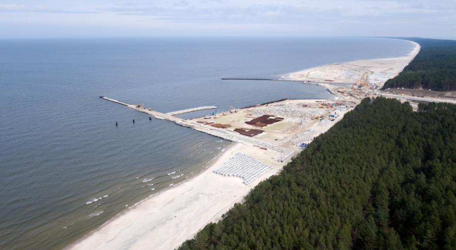 Mierzeja: Most Południowy nad kanałem żeglugowym już otwarty. Bliźniaczy Most Północny jest scalany