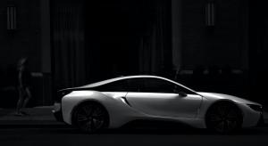 Większy ruch notują komisy z używanymi autami niż salony z nowymi modelami