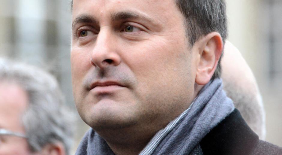 Luksemburg: Premier Luksemburga zakażony Covid-19, na szczycie UE miał styczność z Angelą Merkel