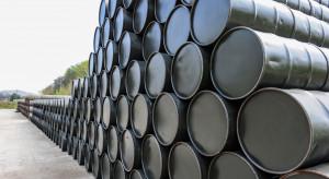 Zapasy ropy w USA w dół, cena w górę