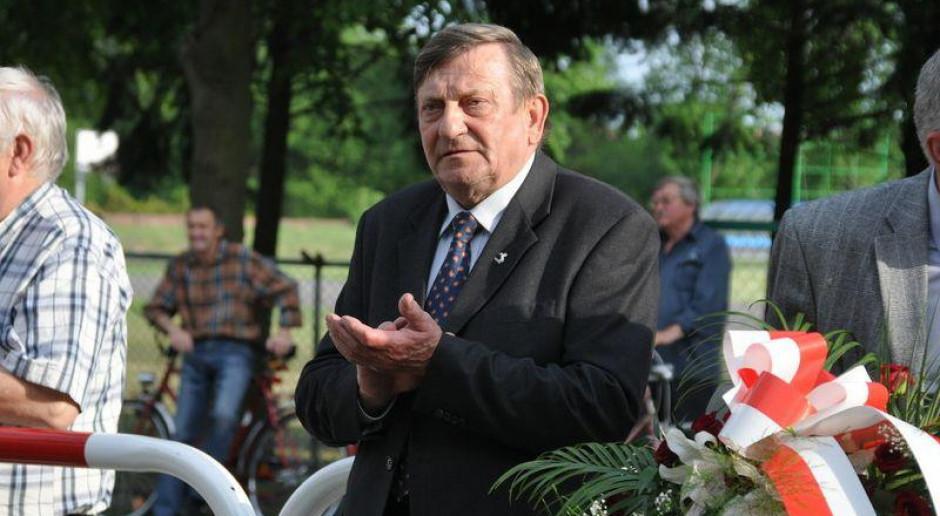 Janusz Palikot i Kuba Wojewódzki wysyłają wódkę w kosmos. Z pomocą Hermaszewskiego