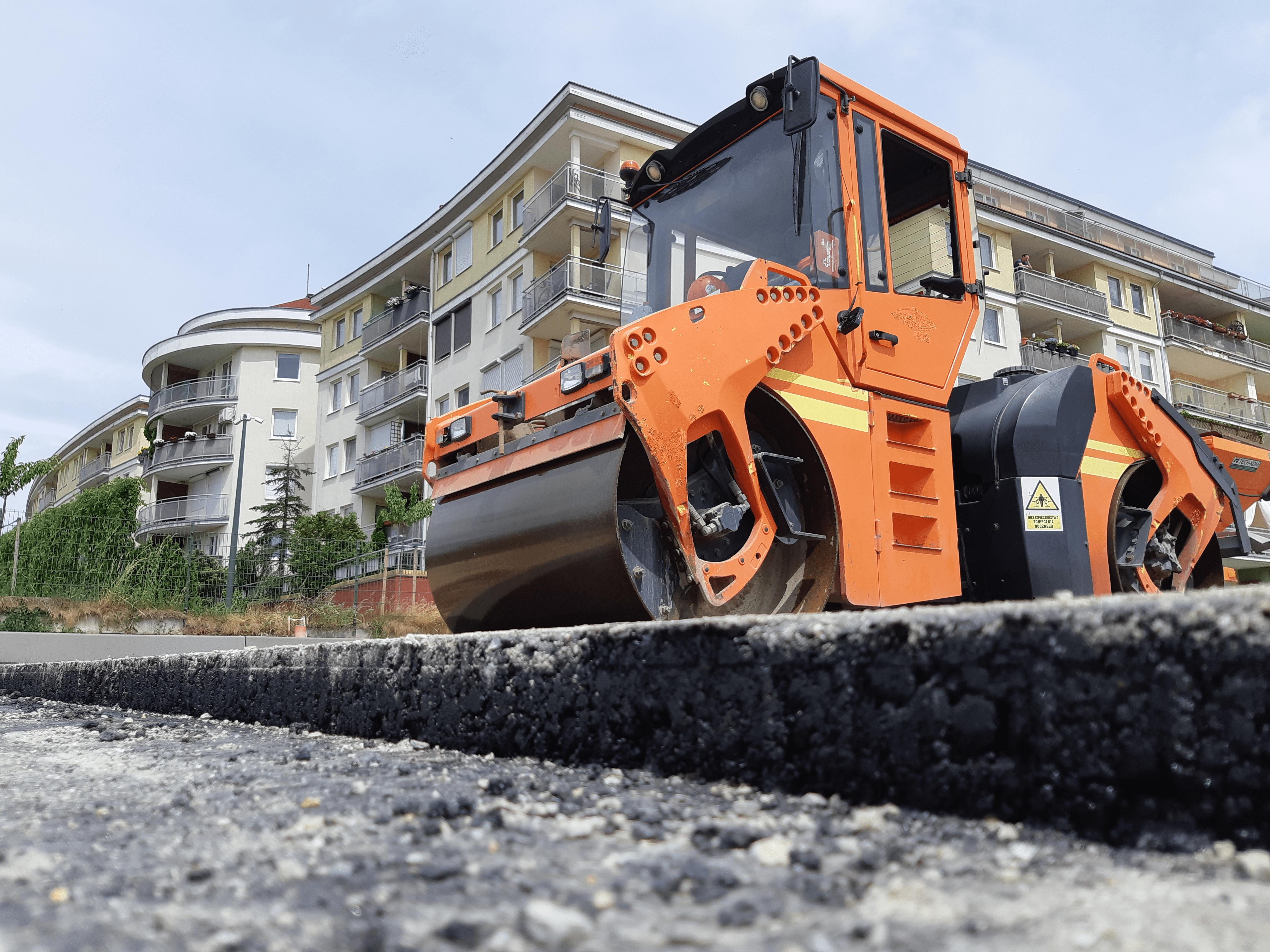 Rozwiązanie KPMP optymalizuje proces kładzenia asfaltu. (fot. mat. pras.)