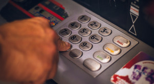 Odpływ środków z banków to efekt silnego wzrostu konsumpcji