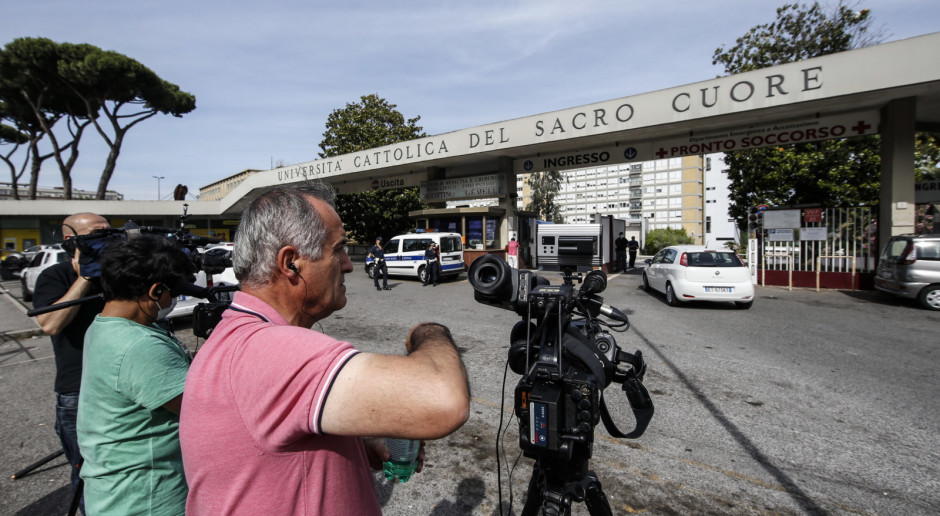 Włochy: Papież Franciszek w całkowitej dyskrecji przybył do kliniki Gemelli