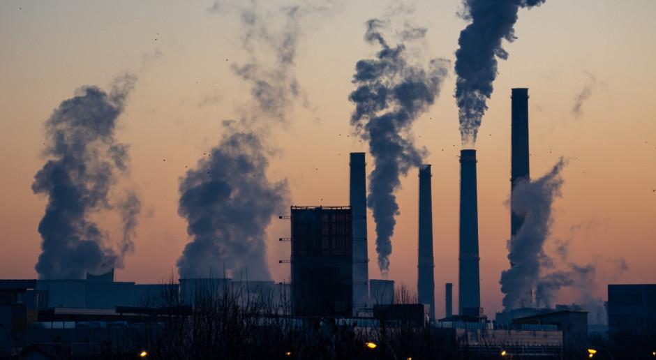 Holandia: Spór o wcześniejsze zamknięcie dwóch elektrowni zasilanych węglem