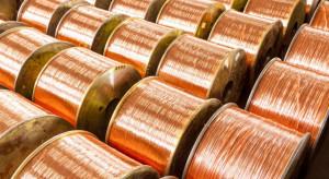 Władze Chin uwolnią zapasy metali z rezerw, miedź na LME w Londynie w górę