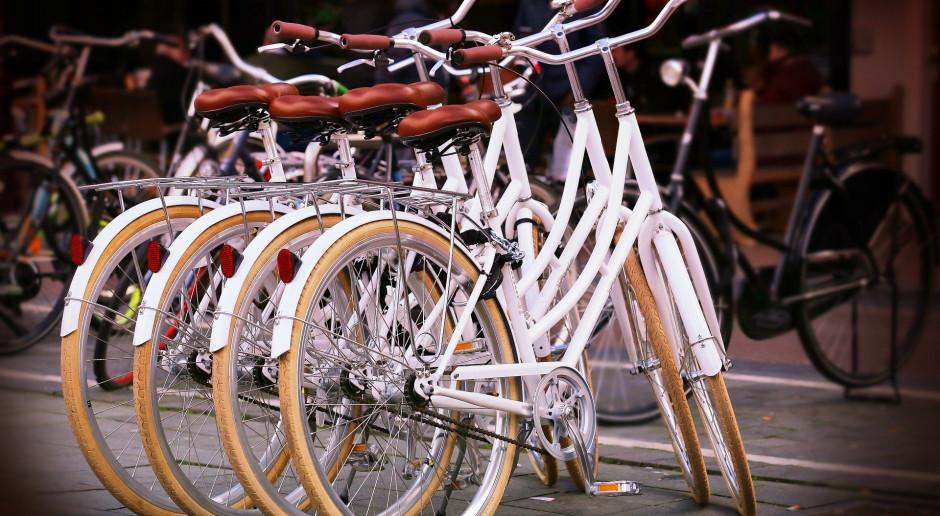 Oponeo zarabia na internetowej sprzedaży rowerów