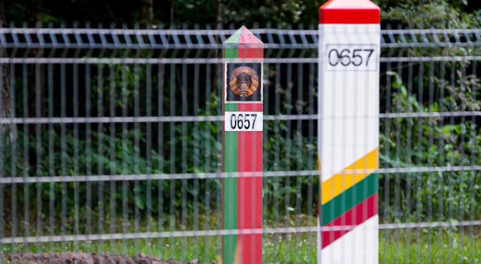 Litwa wysyła wojsko na granicę z Białorusią