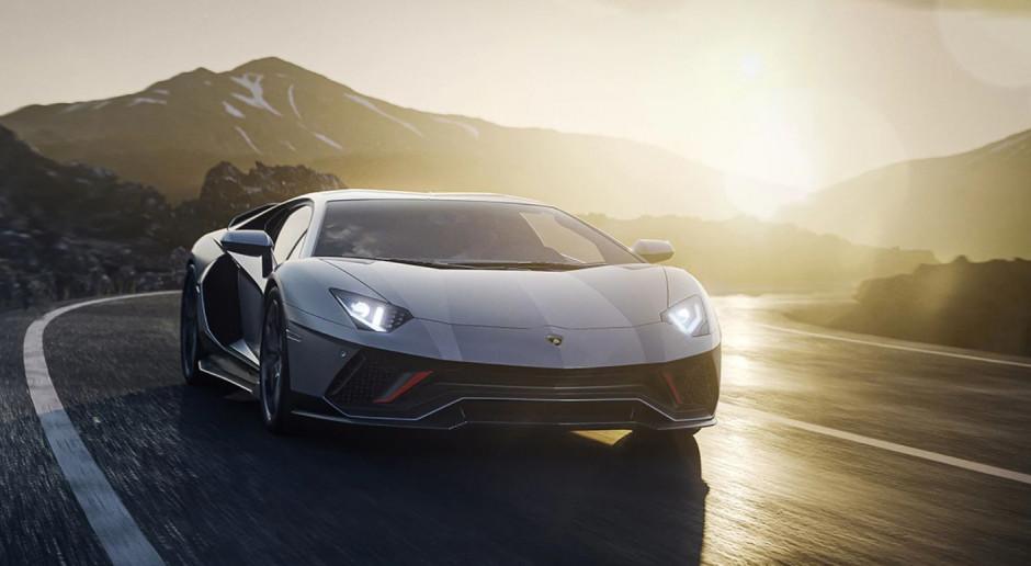 Lamborghini i Lotus prezentują ostatnie spalinowe supersamochody