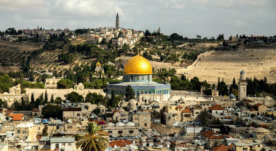 Izrael: Były premier Netanjahu opuścił oficjalną rezydencję w Jerozolimie