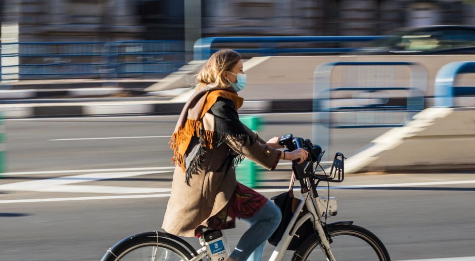 Holendrzy przesiadają się z rowerów tradycyjnych na elektryczne