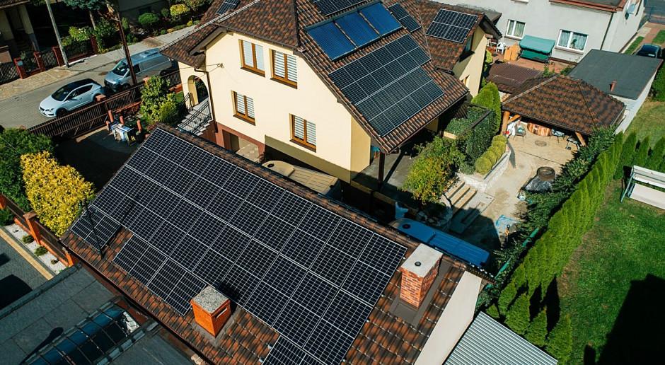 Hub4Fintech przejmuje fotowoltaikę firmy Minutor Energia