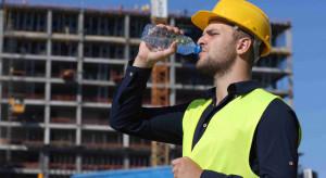 Ukraińscy magistrowie na budowie. Wykształcenie się w Polsce nie liczy