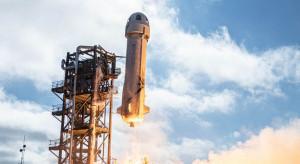 Jeff Bezos poleciał w kosmos. Zobacz start rakiety miliardera