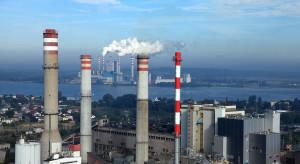 Emisje CO2 będą bić rekordy. Nakłady na OZE są zbyt małe