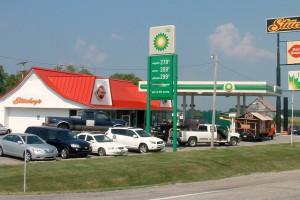 Stacje benzynowe nie mają paliw, bo są braki w kierowcach