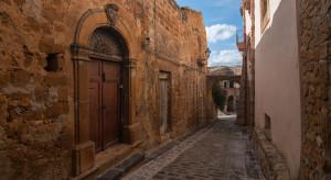 Miasteczko Sambuca na Sycylii wystawia na sprzedaż 20 domów w cenie po 2 euro