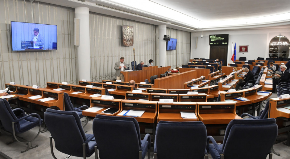 Senat przyjął i wysłał do Sejmu projekt zmiany ustawy o OZE dot. spółdzielni energetycznych