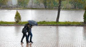 Filipiny: Ulewne deszcze wymusiły ewakuację ponad 14 tys. osób w Manili