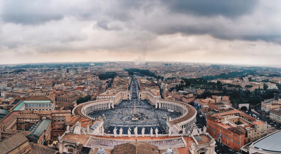 Watykan: Ponad 66 mln euro deficytu w budżecie Stolicy Apostolskiej