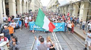 Włochy: Protesty w 80 miastach i miasteczkach przeciwko wymogowi przepustki Covid-19
