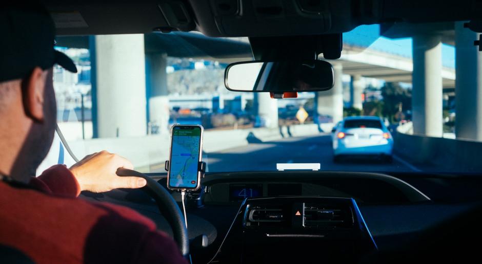 Dzień Bezpiecznego Kierowcy – policja przypomina o przestrzeganiu przepisów i kulturze jazdy