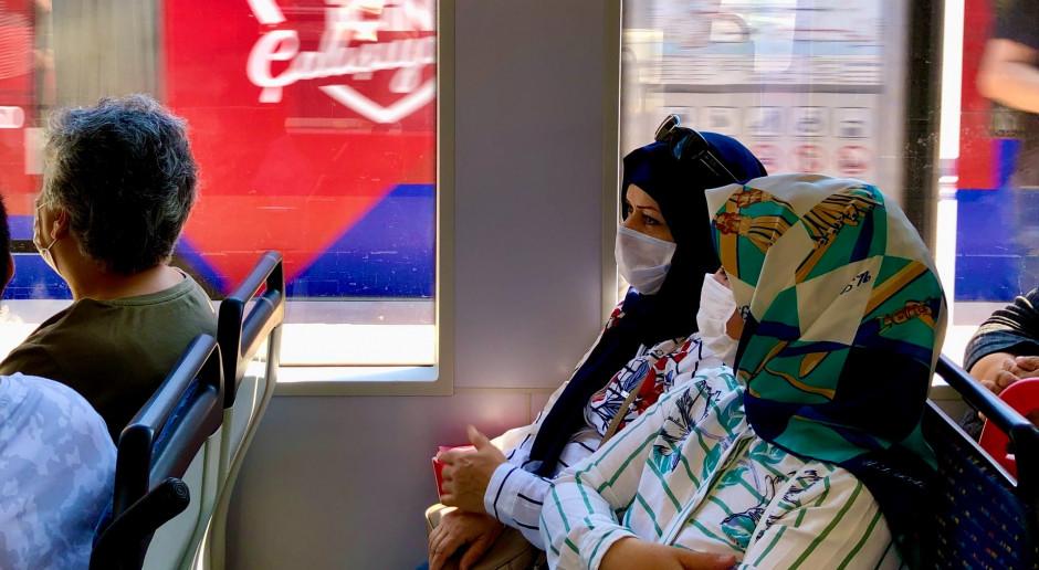 Turcja: Już ponad 14 tys. nowych zakażeń koronawirusem w pełni sezonu turystycznego