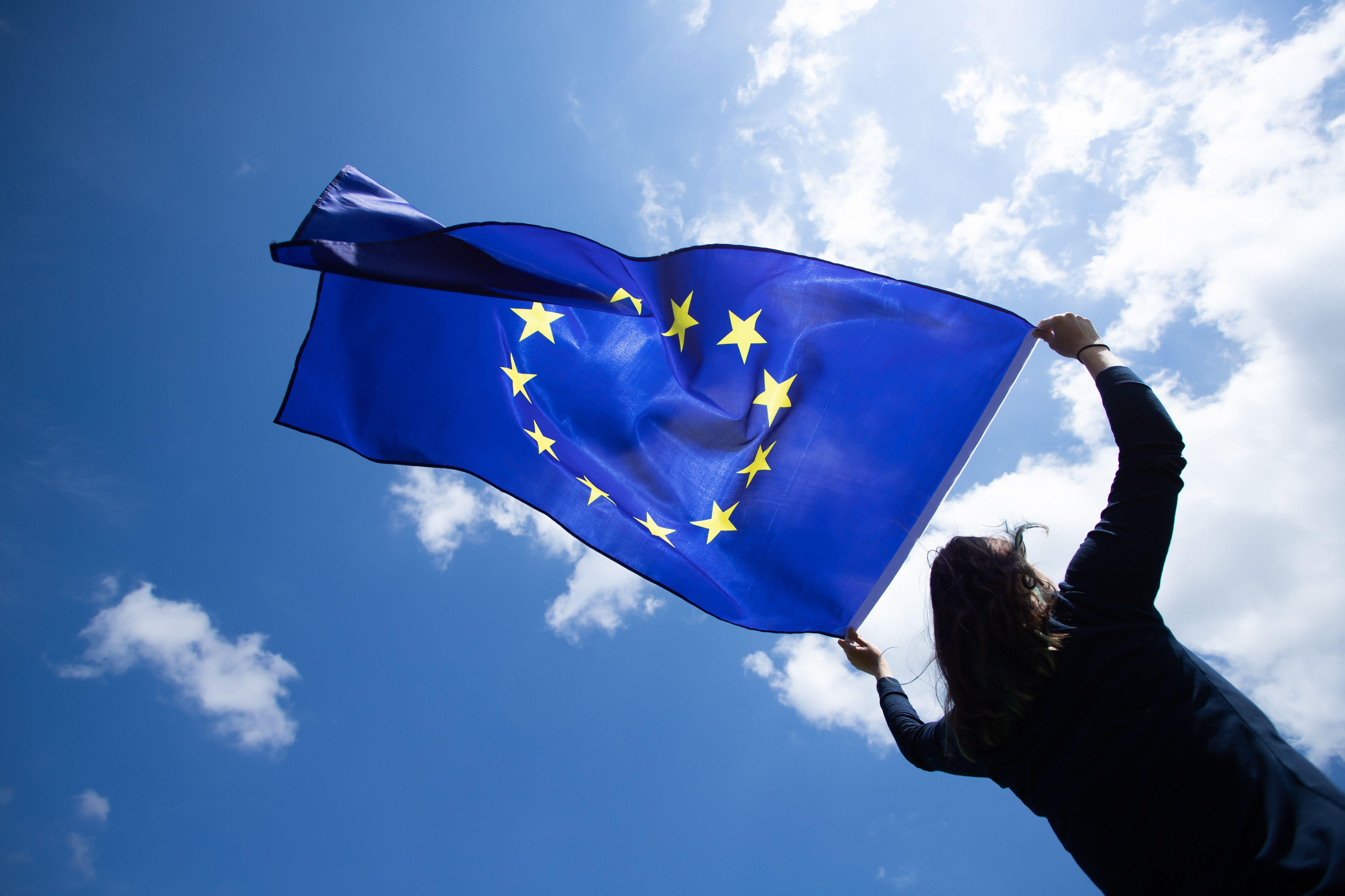 Unia Europejska mocno stawia na walkę z ociepleniem klimatu (fot. Shutterstock, Inc.)