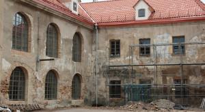 W 10 lat musimy zmodernizować 90 proc. budynków. Nie tylko w Polsce